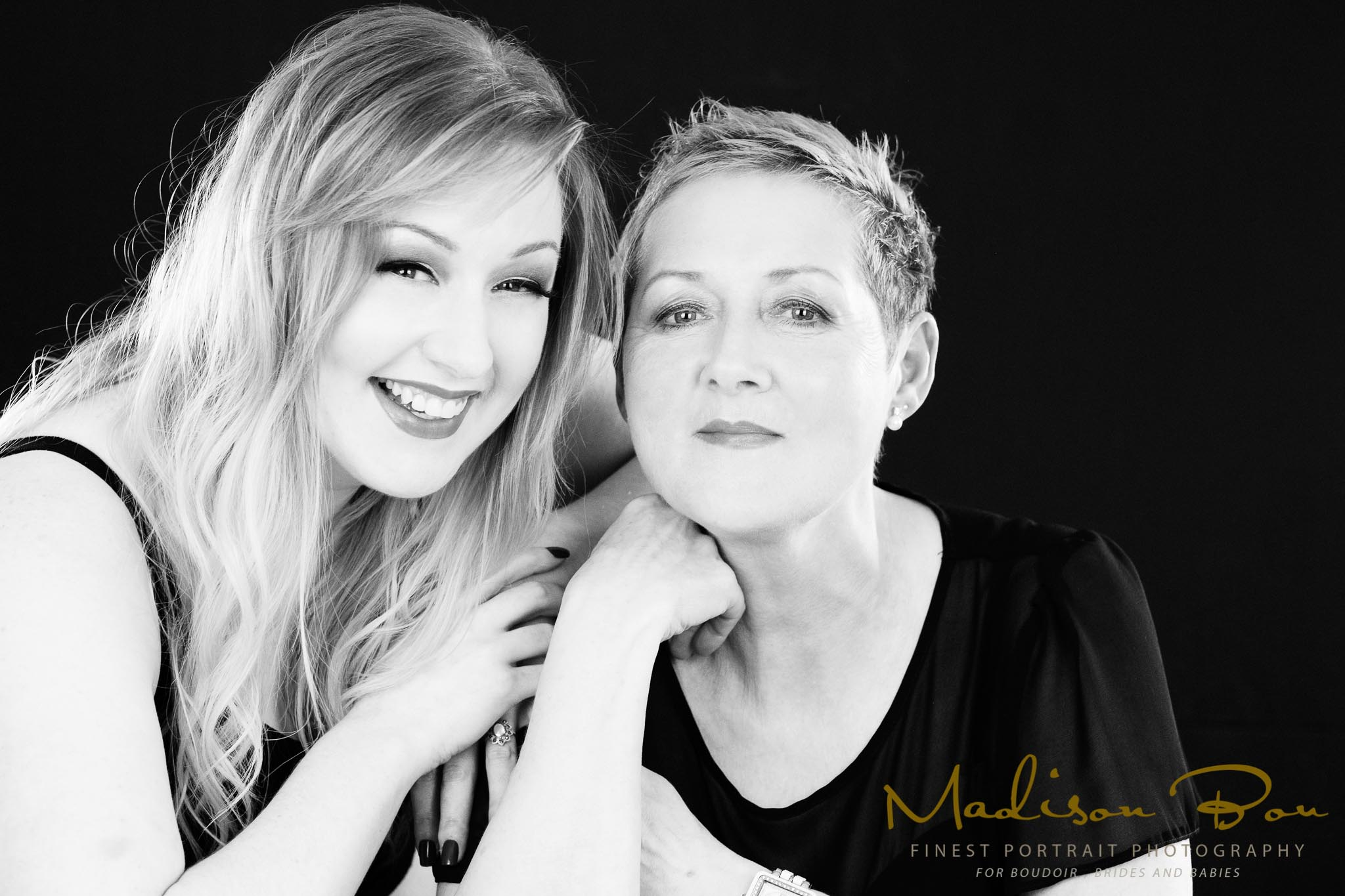 mum and daughter photo shoot-NB-086bw