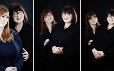A MOTHER AND DAUGHTER PHOTOSHOOT – 'PLENTY OF LAUGHS'